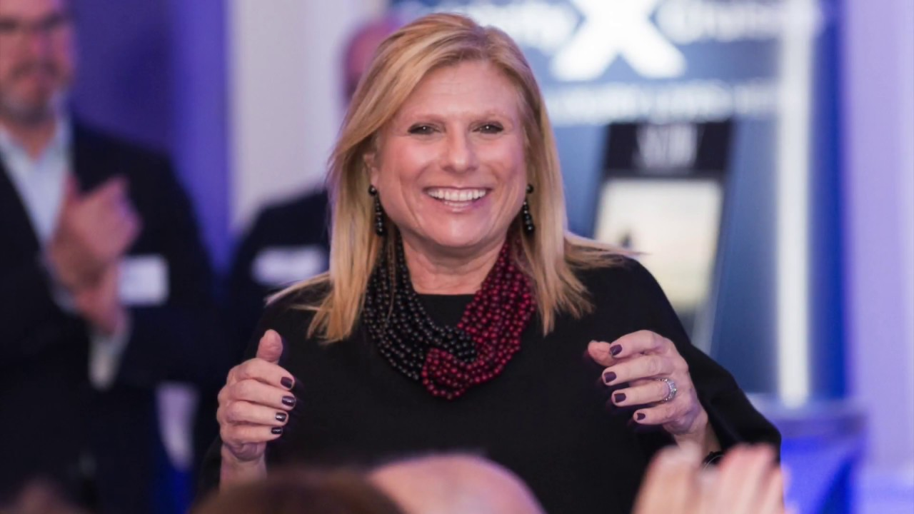 NSU Honors Lisa Lutoff-Perlo